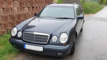 MercedesE 240 T W210 AC AHK Xenon Tempom.